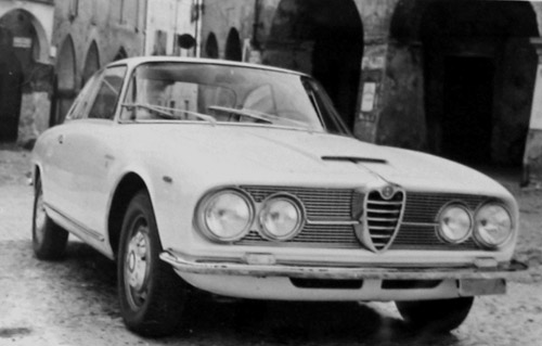 Alfa Romeo  2600  Sprint  Coupé (1962 > 66).
