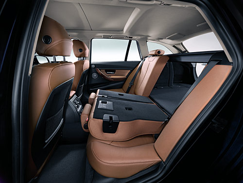 nouvelle bmw s rie 3 touring 2012 automania. Black Bedroom Furniture Sets. Home Design Ideas