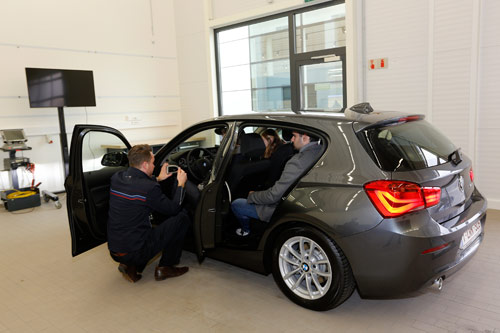 500 BMW 116d EfficientDynamics Edition pour PwC