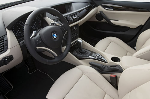 Bmw x1 commercialisering in oktober 2009 automanie for Interieur x1