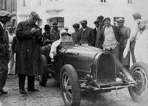 La Bugatti 35 B de Willy Longueville à la Journée des Records d'Ostende (1931)