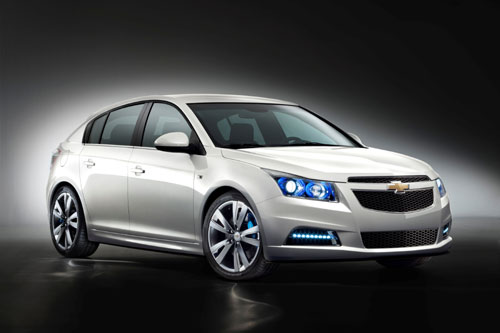 "Chevrolet CRUZE Hatchback 2012""© GM Corp."""