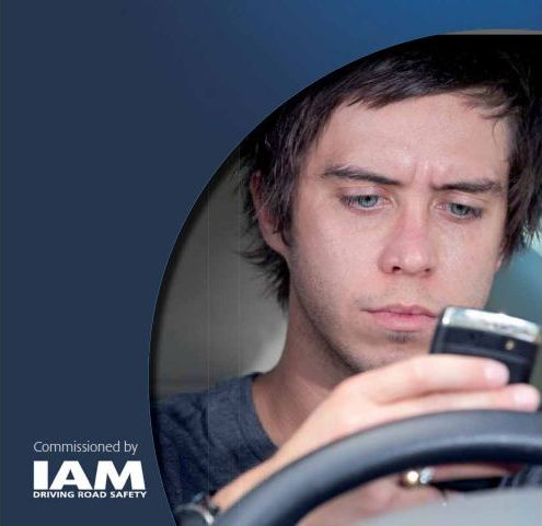 Smartphone use 'an addiction' - IAM - 2016