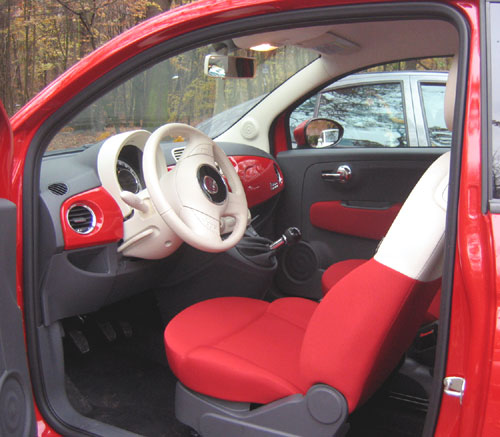 bref essai de la fiat 500 ann e mod le 2008 automania. Black Bedroom Furniture Sets. Home Design Ideas
