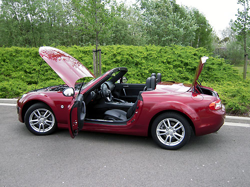 essai mazda mx 5 2 0 l 16v at roadster coup automania. Black Bedroom Furniture Sets. Home Design Ideas