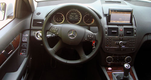 essai mercedes benz c 200 cdi break blueefficiency automania. Black Bedroom Furniture Sets. Home Design Ideas