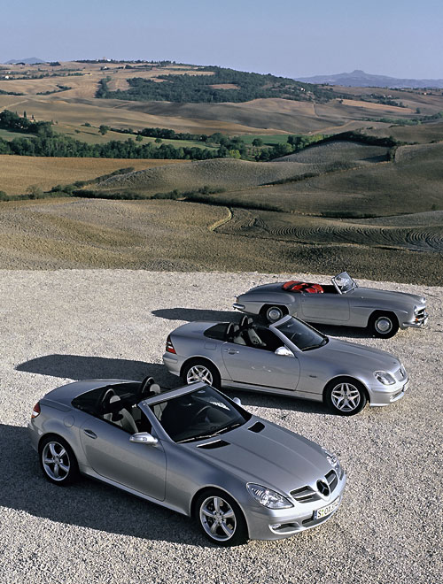 la nouvelle mercedes benz slk roadster 2011 automania. Black Bedroom Furniture Sets. Home Design Ideas