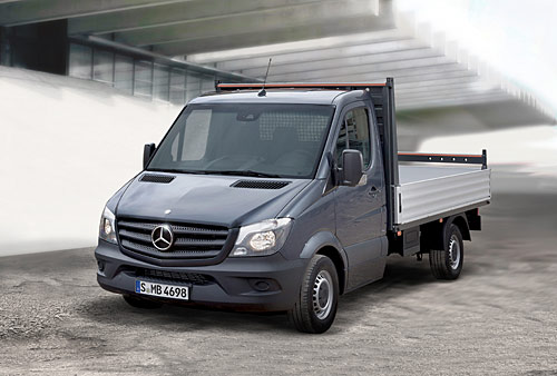 v hicules utilitaires l gers le nouveau mercedes benz sprinter automania. Black Bedroom Furniture Sets. Home Design Ideas