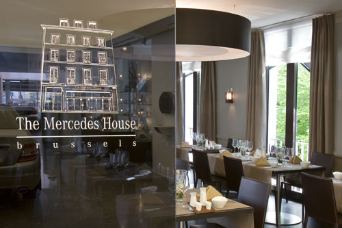 The Mercedes House Brussels, rue Bodenbroek, dans le quartier du Grand Sablon