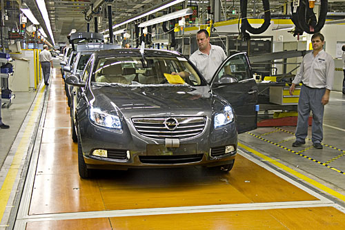 Ligne de production de l'Opel Insignia (Copyright GM Company)