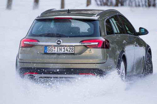 Opel Insignia Country Tourer 4x4 2014