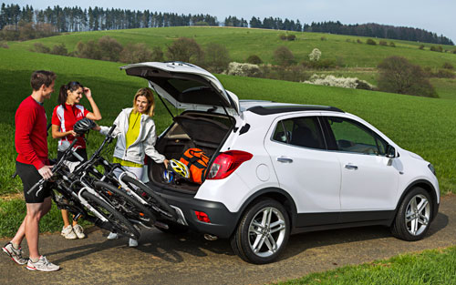 suv vus opel mokka gabarit compact mais fort caract re automania. Black Bedroom Furniture Sets. Home Design Ideas