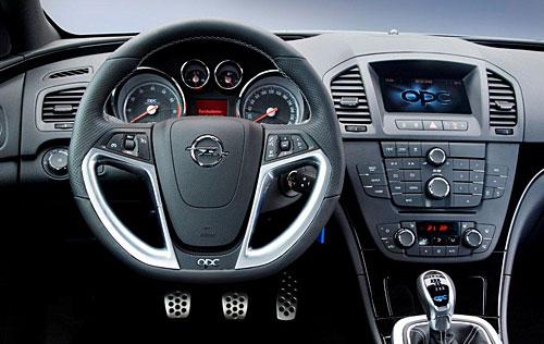 opel insignia opc unlimited plus de limitation de vitesse maximale 250 km h automania. Black Bedroom Furniture Sets. Home Design Ideas