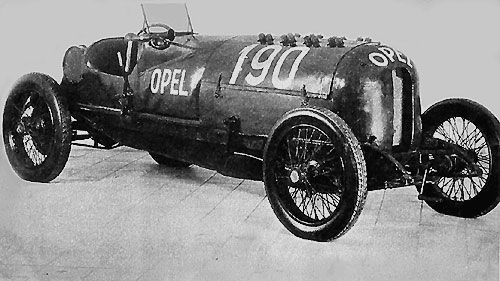 Opel de record, capable de 230 km/h (1914).