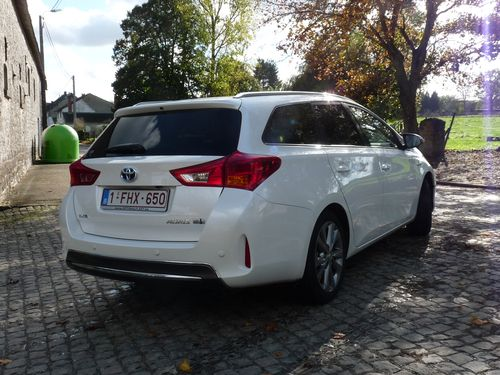 Toyota Auris Sport Touring HSD Lounge 2013
