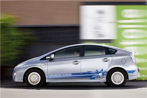 Toyota Prius Rechargeable 2011