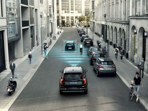 Volvo XC90 2015 - IntelliSafe