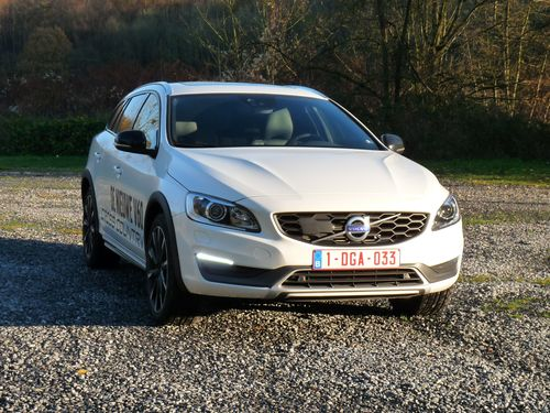 Volvo V60 D4 4WD Cross Country - 2015
