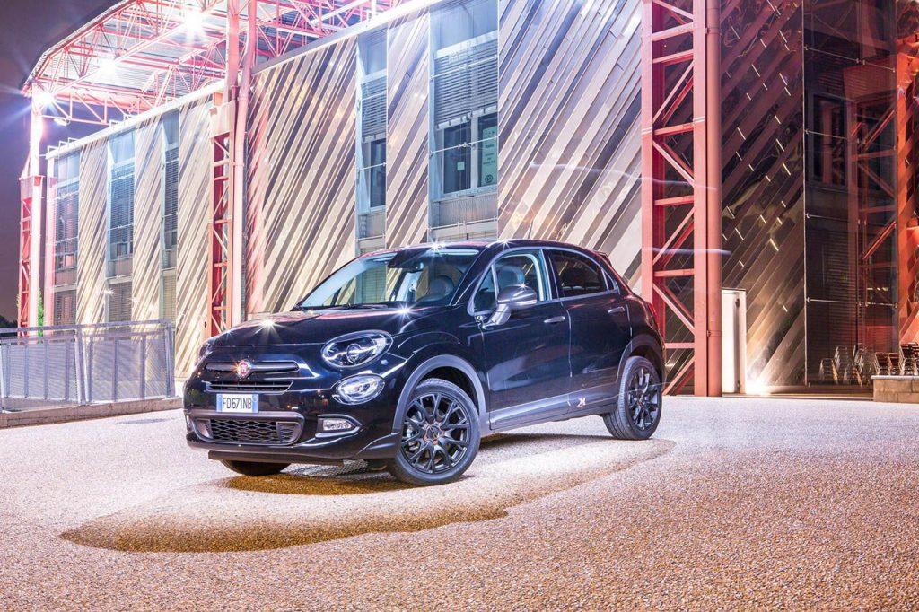 nouvelle fiat 500x s design style sportif pour le suv compact de fiat automania. Black Bedroom Furniture Sets. Home Design Ideas
