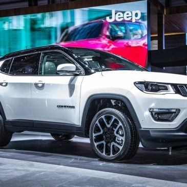 Séries spéciales : Jeep Compass Night Eagle