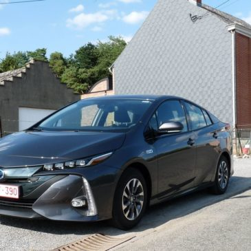 Encore plus rationnelle : la Toyota Prius Plug-in Hybride